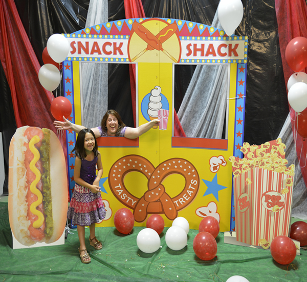 Cardboard cutout props - Snack Shack Carnival Kit 1